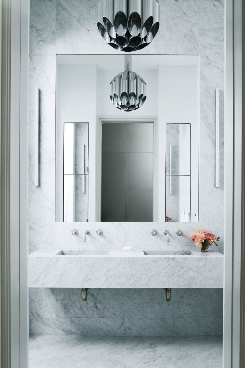10 White Bathroom Inspirations For Your Home (2) bathroom inspiration 10 White Bathroom Inspirations For Your Home 10 White Bathroom Inspirations For Your Home 2