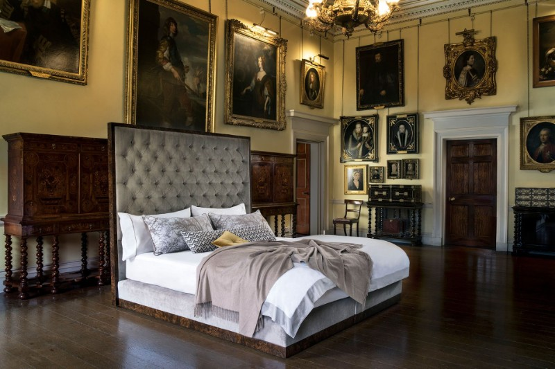 Top 10 Luxury Beds from High End Designers (7) luxury beds Top 10 Luxury Beds For An Exquisite Bedroom Top 10 Luxury Beds from High End Designers 7